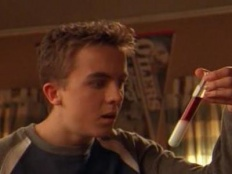 Malcolm in the Middle 05x19 : Experiment- Seriesaddict